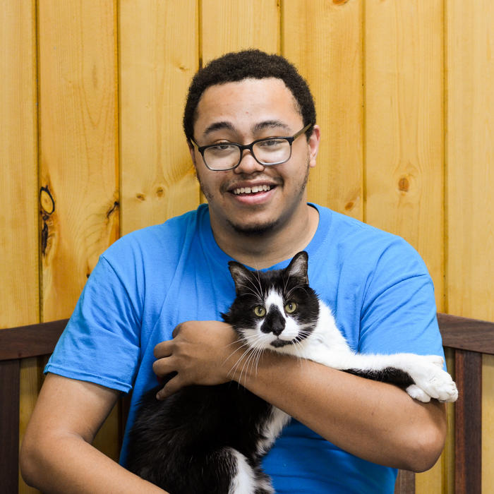 Cameron  Quiroz-Gatewood<br>Kennel Technician photo
